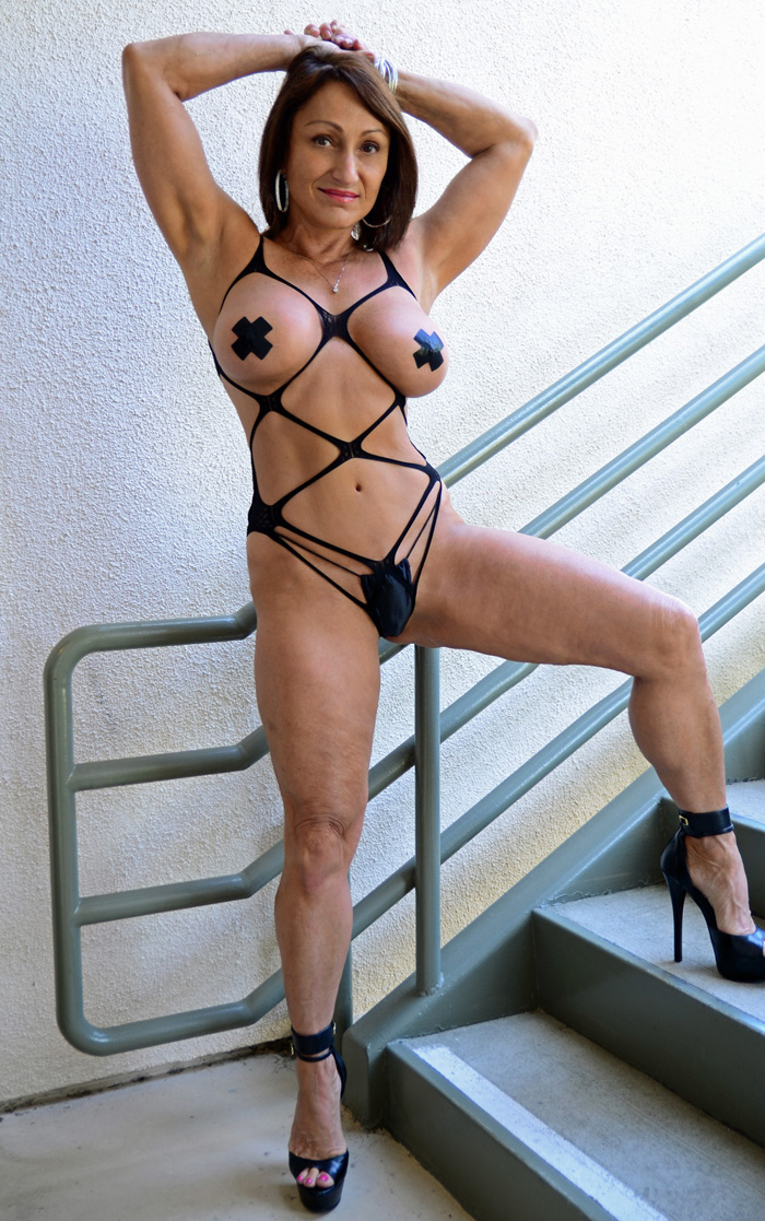 Mature Jillian Foxx 104
